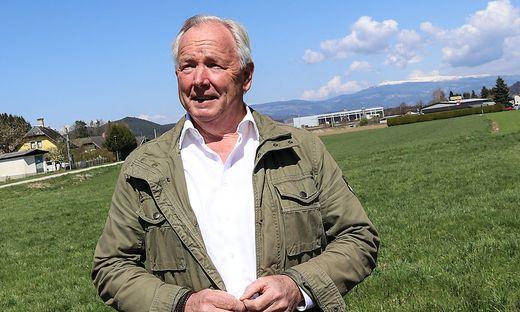 Ex-Landeshauptmann Gerhard Dörfler engagiert sich weiter für zweisprachige Ortstafeln