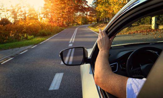 Sonne; Herbst; Auto; Sicherheit