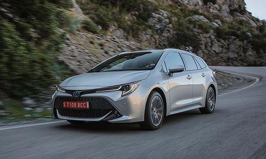 Erste Ausfahrt Der Toyota Corolla Gibt Ein Starkes Comeback