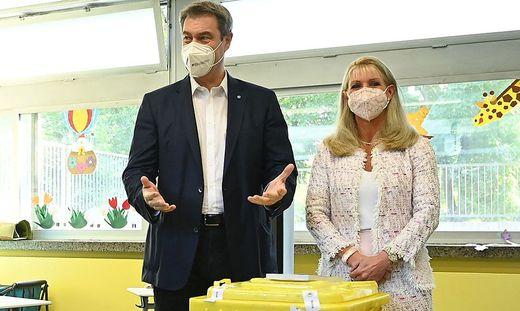 CSU-Chef Markus Söder mit seiner Ehefrau Karin Baumüller-Söder