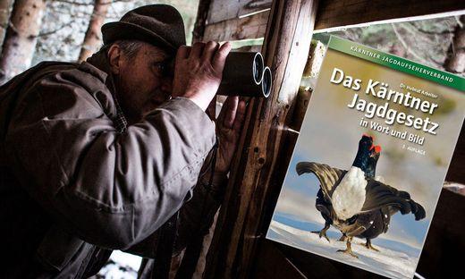 """Ein Buch für alle Kärntner Jäger und Jagdinteressierten: """"Das Kärntner Jagdgesetz in Wort und Bild"""""""