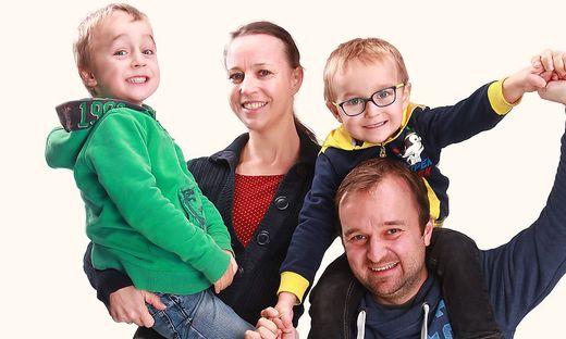 Viktoria und Klaus Krainer mit ihren Söhnen Moritz und Matteo