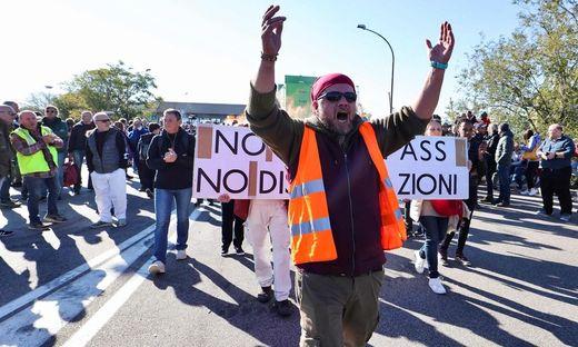 Auch am Hafen von Triest wird heute, Freitag, demonstriert
