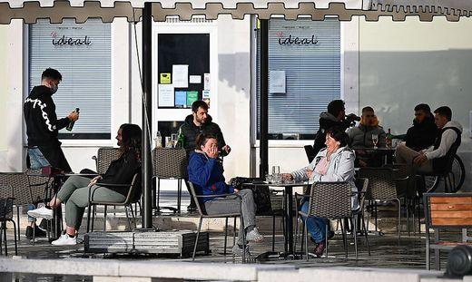 Auch in Piran dürfen Restaurants und Bars ab Samstag die Menschen in Gastgärten bedienen