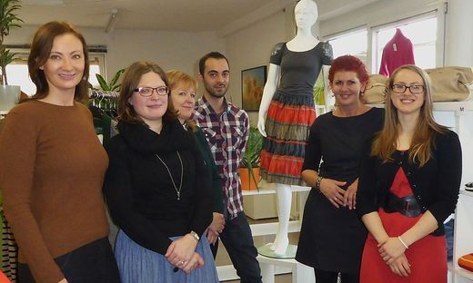 Sophie Sporn, Eva Feitl, Christian Felgitsch, Michaela Wlattnig, Sandra Hochfellner und Christine Posch (von rechts)