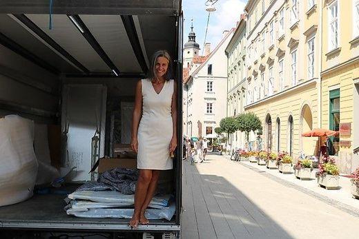 """Veronika Erhart, Künstlerin und Initiatorin von """"ORTART"""""""