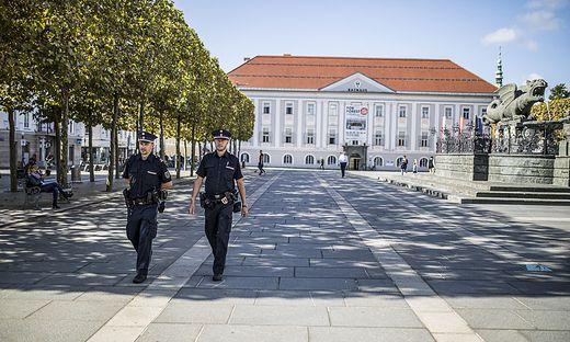 Intensive Kontrollen des Ordnungsamtes sollen eine angenehme Atmosphäre am Neuen Platz sicherstellen