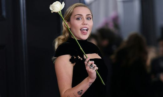 Miley Cyrus sendete Grüße aus dem Krankenhaus