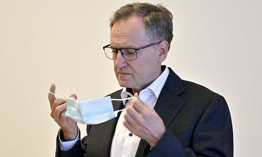 AeRZTEKAMMER-PK 'WIE BEKOMMT MAN DIE PANDEMIE IN DEN GRIFF': LINDNER