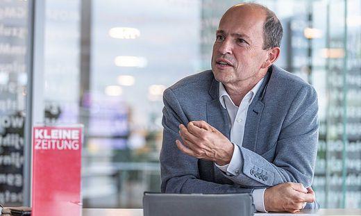 Gottfried Math, Chef von TUI Österreich