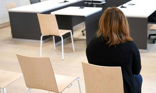 Manipulierte Deutschtests - Ex-Prüferin in Linz vor Gericht