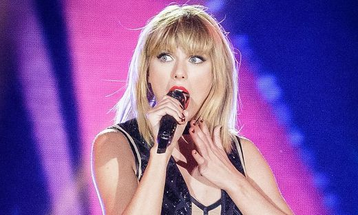 FILES-US-ENTERTAINMENT-MUSIC-TAYLORSWIFT-ASSAULT