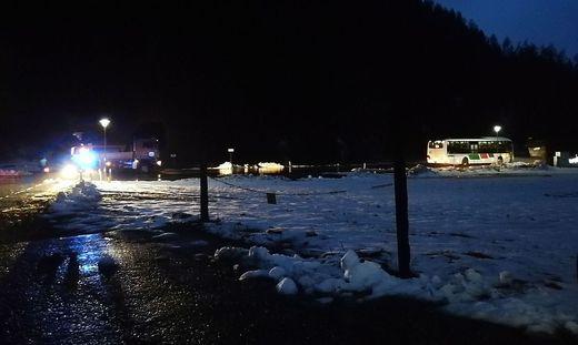 Seit gestern Abend ist die direkte Zufahrt nach Preding nicht mehr möglich, die B 97 vermurt
