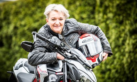 """Renate Höbart fährt die """"Women Riders World Relay"""""""