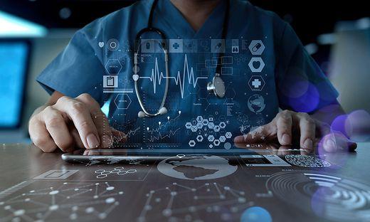 Die Medizin ist sich einig: Künstliche Intelligenz soll die menschliche Behandlung unterstützen, den Arzt aber nicht ersetzen