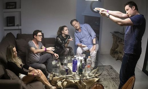 """Ausschnitt aus der Serie """"Ibiza"""", die am 21. Oktober anläuft"""