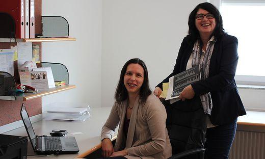 Projektleiterin Evelin Pirčer (rechts) mit Assistentin Andrea Cvelf