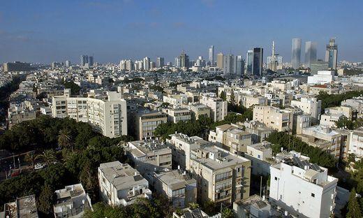architektur herausgeputzt zum 100 bauhaus jubil um wird in israel renoviert. Black Bedroom Furniture Sets. Home Design Ideas