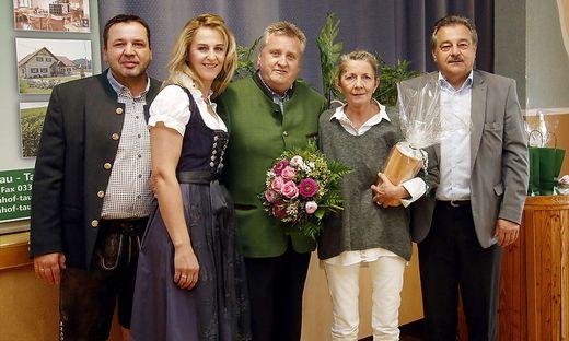 Manfred und Ramona Stangl(l.) bei der Eröffnungsfeier