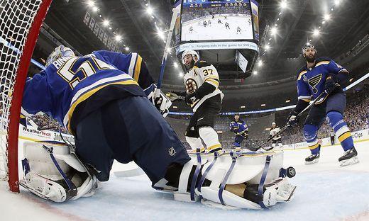 Boston Bruins, St. Louis Blues