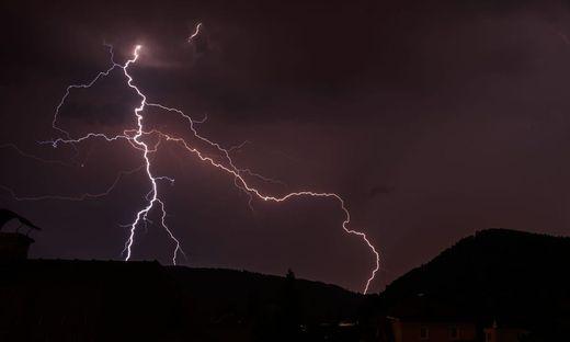 Gewitter Mittwochabend über Graz-Andritz, aufgenommen von unserem Leserreporter Robert Renn