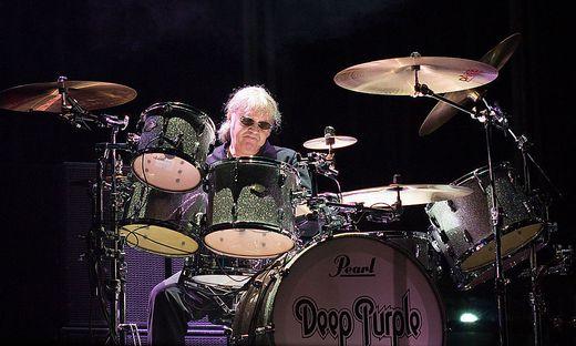 """Der Rockstar Ian Paice von """"Deep Purple"""" zählt zu den besten Rock-Schlagzeugern der Welt. Er gastiert am Freitag im Eboardmuseum in Klagenfurt"""