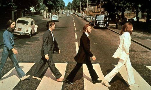 "Die Beatles auf dem berühmten ""Abbey Road""-Zebrastreifen"