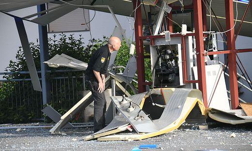 Komplett zerstört wurde der Bankomat in Hart, Gemeinde Arnordstein