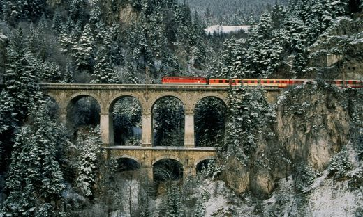 Mehr als hundert Jahre galt für Züge am Semmering Linksverkehr, ab 15. Dezember wird auf rechts umgestellt