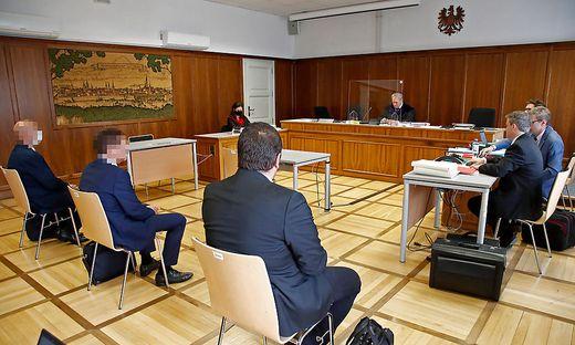 Die drei Angeklagten werden am Donnerstag von Richter Manfred Herrnhofer einvernommen