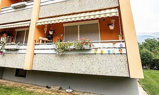 Die Gewalttat in einer der Wohnungen dieses Hauses erschüttert die Menschen
