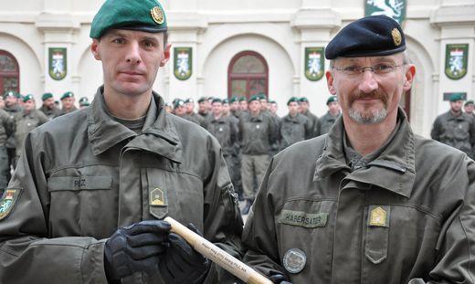 Brigadier Christian Habersatter (r.) übergab das Kommando des Jägerbataillons 17 an Major Georg Pilz