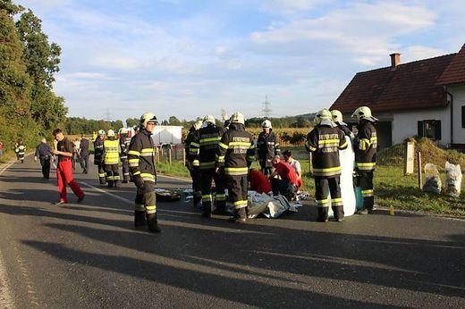 Die Feuerwehren Kaindorf und Ebersdorf waren beim Unfall im Einsatz