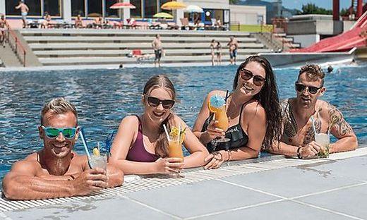 Das Pool soll bei den Besuchern ebenso für Erfrischung sorgen wie eine Cocktail-Bar