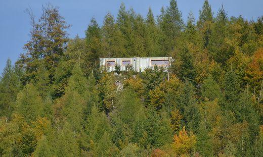 Für den illegalen Container auf dem Ulrichsberg wurde jetzt um eine Ausnahmegenehmigung angesucht