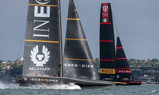 23rd January 2021; Auckland, New Zealand; INEOS Team UK and Luna Rossa Prada Pirelli Team battle it out in their Round R