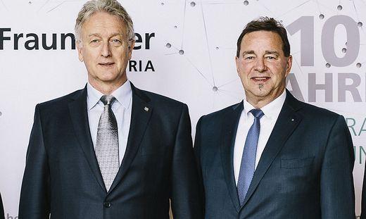 Fraunhofer Austria Geschäftsführer Dieter Fellner (l.) und Wilfried Siehn