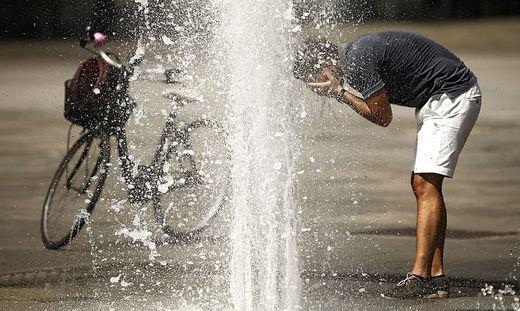Durch Trockenheit wird die Hitzewelle zusätzlich erschwert