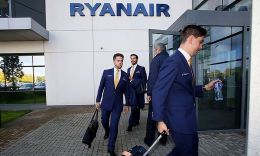 FILES-IRELAND-STRIKE-AVIATION-RYANAIR