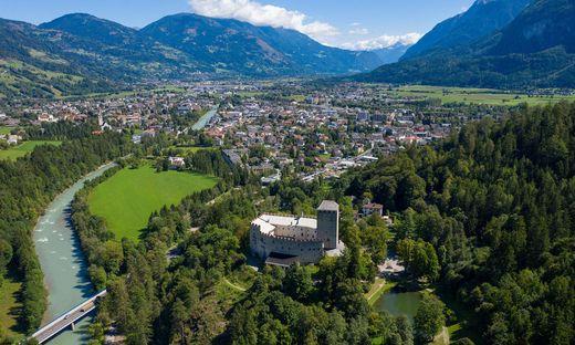 THEMENBILD, Schloss Bruck bei Lienz