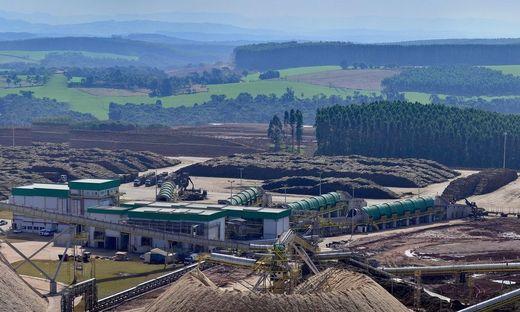 Zellstoffwerk Klabin in Ortigueira, Paraná, Brasilien