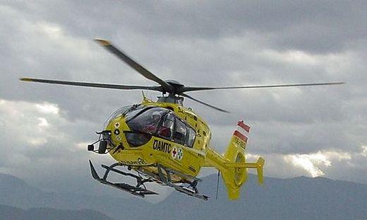 Christophorus 11 brachte den schwer verletzten Arbeiter nach Klagenfurt