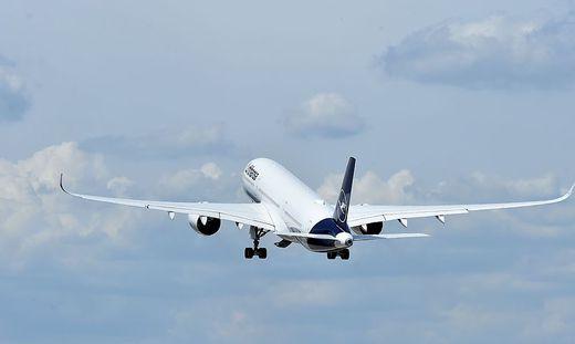 Lufthansa-Jet musste über Schottland umdrehen