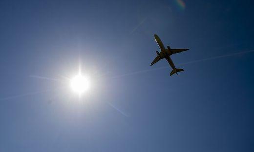 Ukrainische Boeing 737 mit 170 Passagieren an Bord bei Teheran abgestürzt