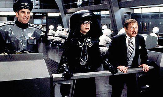 Colonel Sandfurz (George Wyner), Lord Helmchen (Rick Moranis) und Präsident Skroob (Mel Brooks)