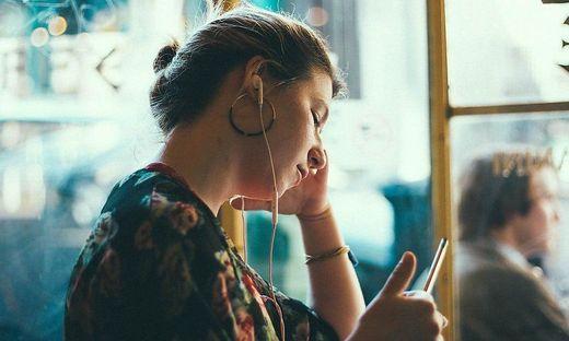 Podcasts: Das Ohr schlägt das Auge