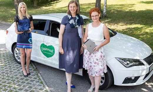 Manuela Gruber, Landesrätin Eibinger-Miedl und Susanna Fritz