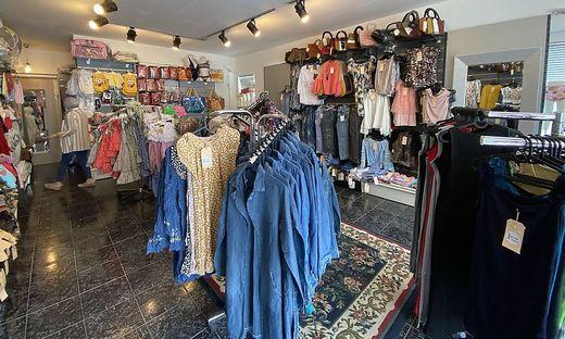 Im neuen Modegeschäft ´I &M´ von Besitzerin Manal Al Sdawe gibt es Kleidung und andere Waren speziel für Kinder und Frauen