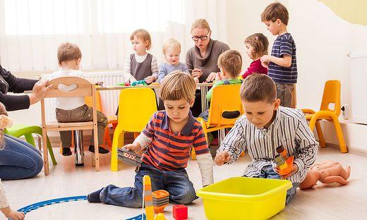 Die Pädagogen in Kärntner Kinderbetreuungseinrichtungen schlagen Alarm: Es fehle an Zeit und Personal, Gehalt sei zu niedrig (Symbolfoto)