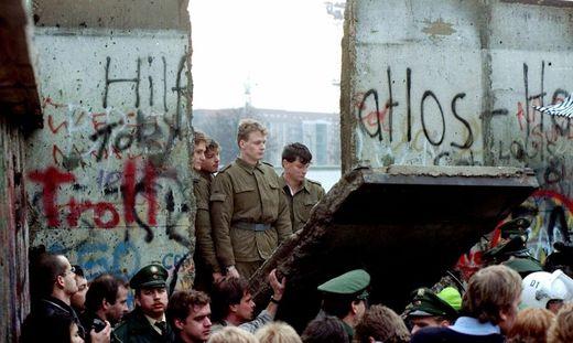 Der Mauerfall in Berlin 1989 gilt als symbolisch wichtigstes Zeichen für den Zusammenbruch des kommunistischen Systems in Osteuropa